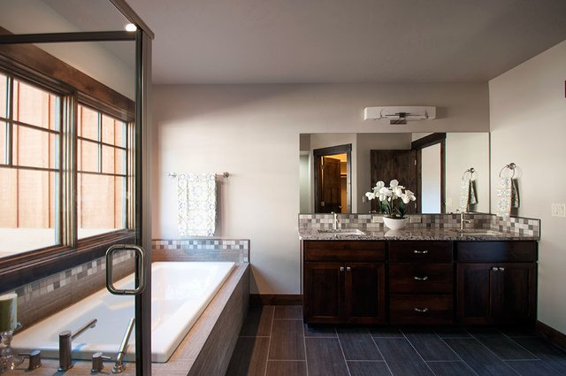 Townhome Master Bathroom